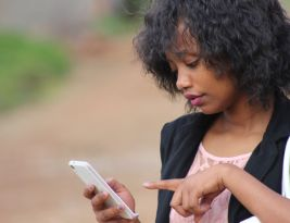 5 Smartphone Apps for a Busy Mom