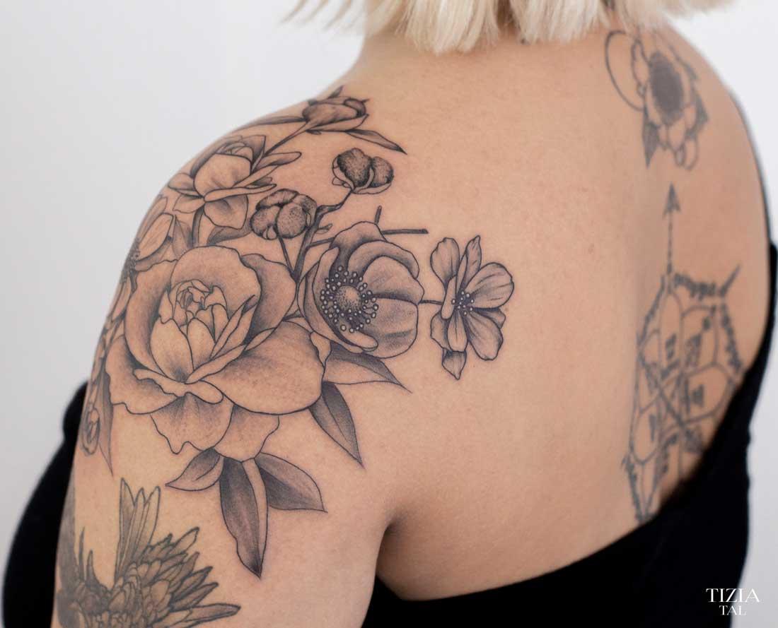 Tatouage-fleurs-épaule-toulouse