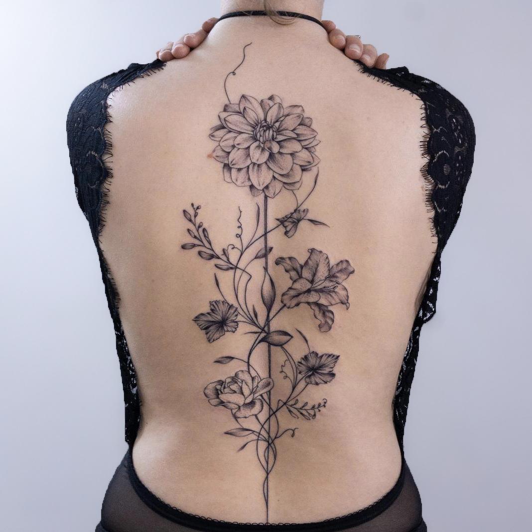 tatouage-dos-femme