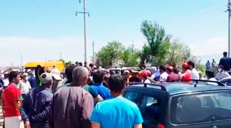 Тоҷикистон эътирозгарони рӯзи 17-уми майро милиса таъқиб мекунад