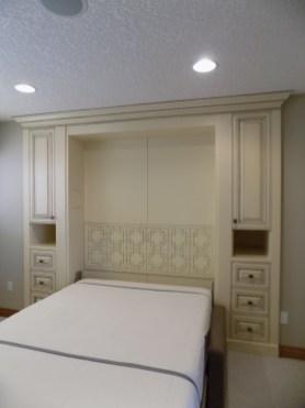 bedroom_DSCN0083