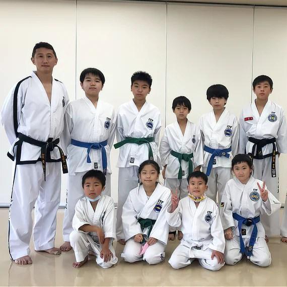 ファラン黄道場 (Hwarang Hwang Taekwon-do Club: HHTC) の紹介