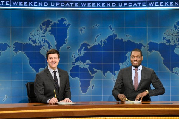 """SATURDAY NIGHT LIVE -- """"Octavia Spencer"""" Episode 1719 -- Pictured: (l-r) Colin Jost and Michael Che during Weekend Update on March 4, 2017 -- (Photo by: Will Heath/NBC)"""