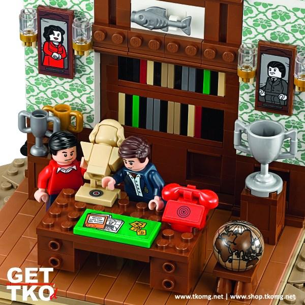 lego-batman-66-batcave-8