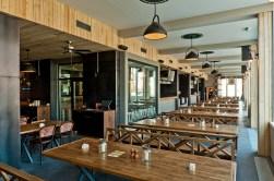 Okrem tankov je pivo v Klubovni skladované v transparentnej sudovni, t.j. v presklenej chladiacej miestnosti umiestnenej v priestoroch pubu.