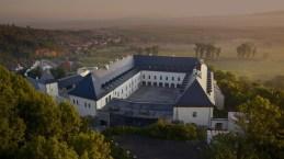 Novootvorený Zámok Vígľaš sa páči širokej verejnosti. V celoštátnej verejnej súťaži Stavba roka sa víťazom v kategórii Cena verejnosti 2014 stala rekonštrukcia národnej kultúrnej pamiatky.