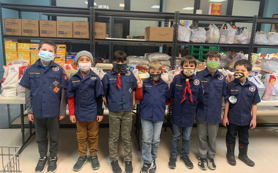 Boy Scout Pack Serves Pantry