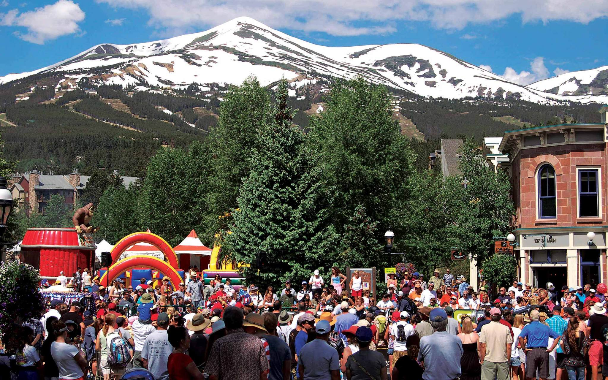 Breckenridge-Colorado-Summer-events-and-things-to-do-Homes-for-Sale-REMAX-of-the-Summit-The-Henry-Barr-Team2560x800