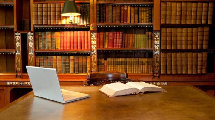 Best Law Books For Law Students: A Must Read For Aspiring Lawyers