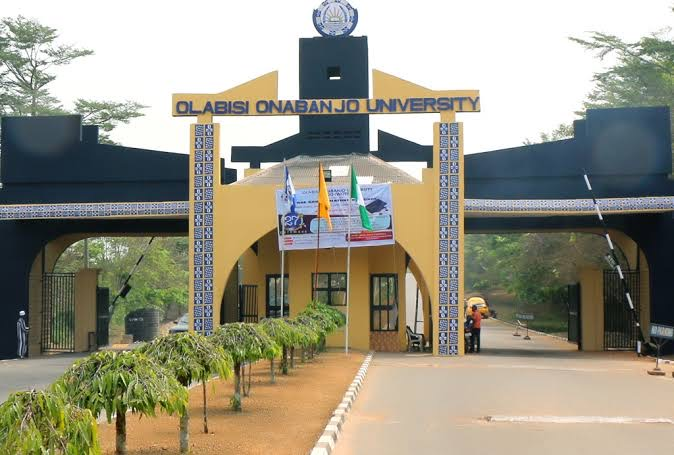 Gunmen Reportedly Abduct Two OOU Students, Demand N50 Million Ransom