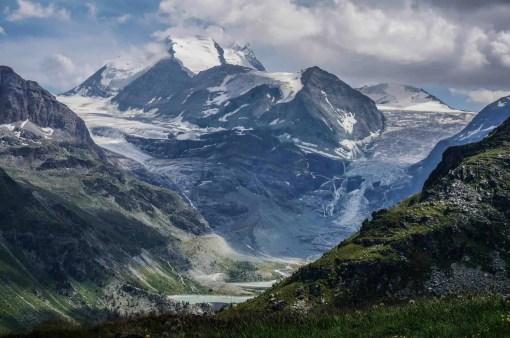 More amazing mountain vistas between Zinal and Gruben.