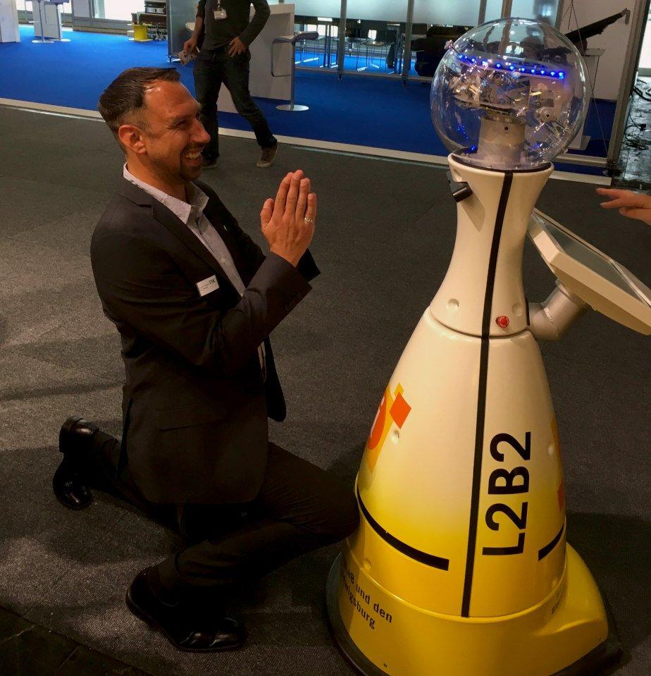 CEBIT 2018 MST und BW Roboter in Action - CEBIT 2018