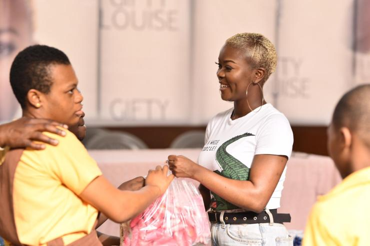 X-Factor Contestant Gifty Louise Agyeman Donates To Dzorwulu Special School