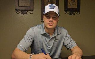 Maple Leafs Sign Auston Matthews to ELC