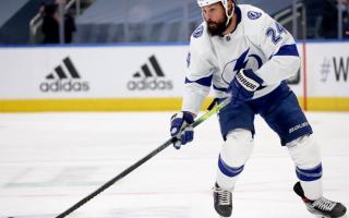 Maple Leafs Sign Zach Bogosian