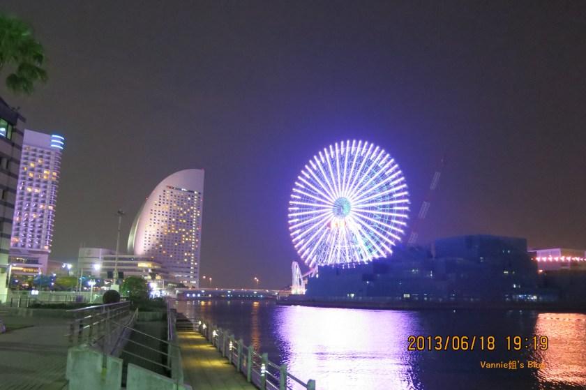 Yokohama night view_Minato Mirai_walking