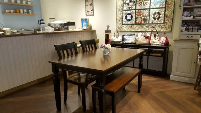Amy Sewing Cafe的 咖啡及 拼布手作 作品展示區