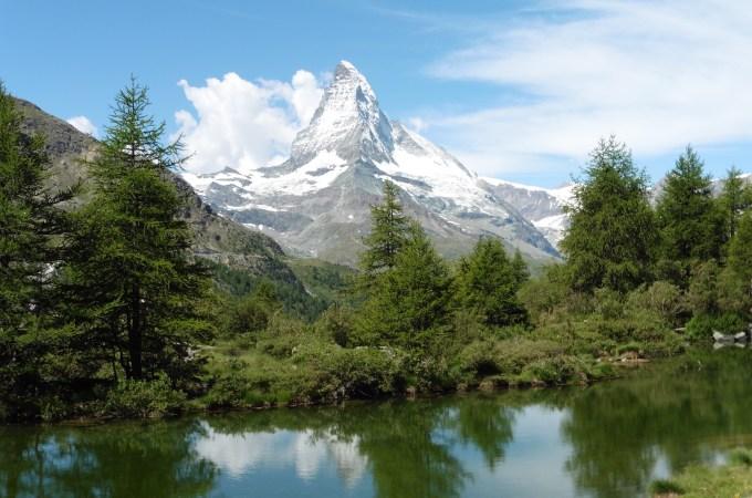 策馬特五湖健行 ,不能回頭的山中尋寶記