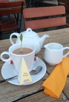 在霞慕尼 享用的早餐茶 Tea Forte