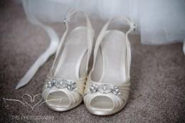 weddingphotography_Staffordshire_DovecliffeHall-10