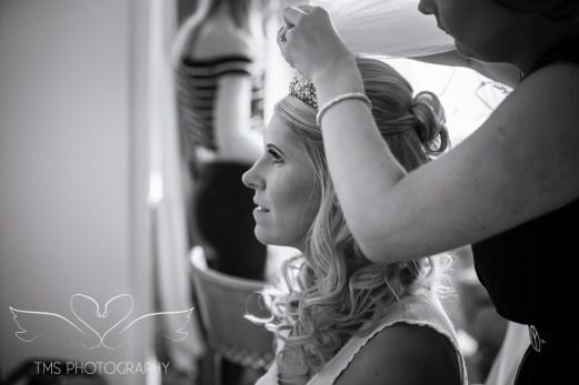 weddingphotography_Staffordshire_DovecliffeHall-13