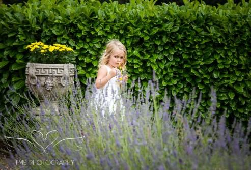 weddingphotography_Staffordshire_DovecliffeHall-135