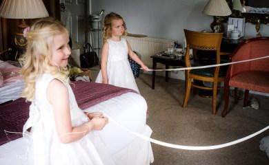 weddingphotography_Staffordshire_DovecliffeHall-30