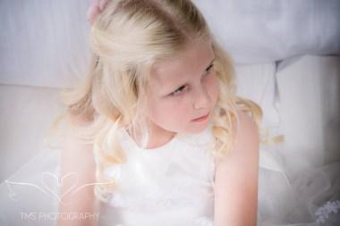 weddingphotography_Staffordshire_DovecliffeHall-32