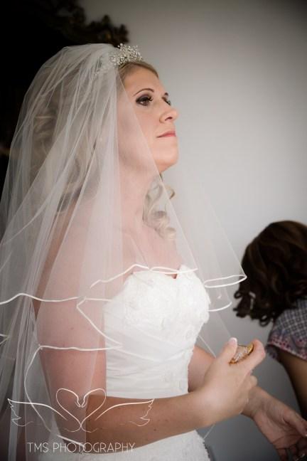 weddingphotography_Staffordshire_DovecliffeHall-39