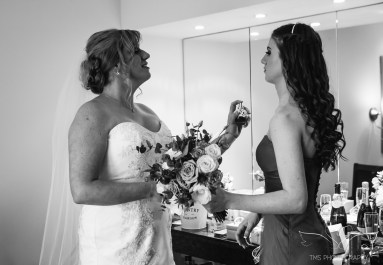 wedding_photography_staffordshire_branstongolfclub_pavilion-59