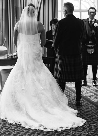 wedding_photography_staffordshire_branstongolfclub_pavilion-64