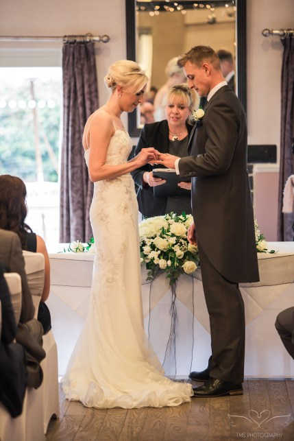 Priest_House_Wedding_CastleDonington-60