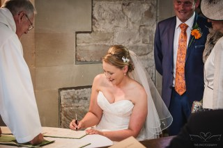 wedding_photographer_Lullington_derbyshire-64