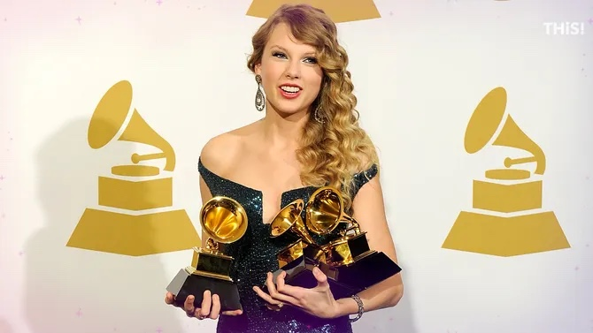 Taylor Swift will release re-recorded 'Red' album