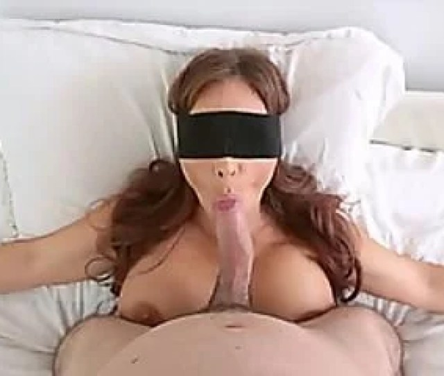 Stepmom Blindfolded And Ready For A Tricky Blowjob