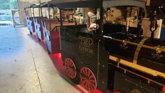 Trackless Train Rentals Nashville