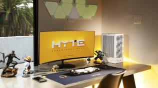 HYTE Revolt 3 PC Case Desktop Setup
