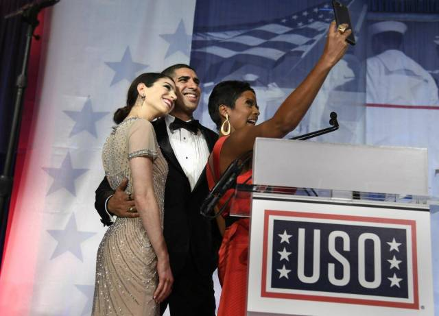 USO Tamron Hall Selfie
