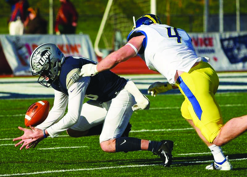 Football: 'Cats' struggles continue as they drop their sixth on the season