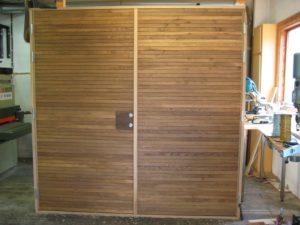 Par ytter dörr rökad ek liggande panel