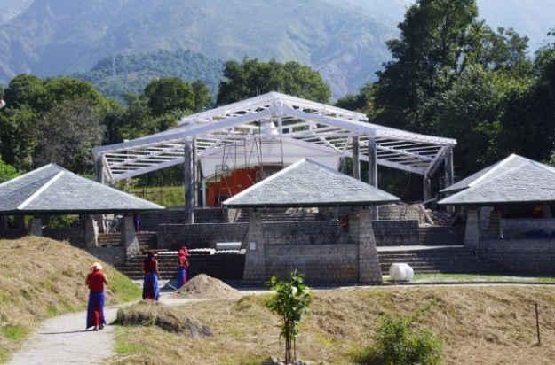 Please help us complete the roof of the debating courtyard at Dolma Ling Nunnery