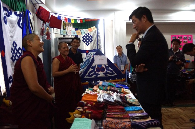 Kalon Lobsang Sangay speaking to Tibetan Buddhist nun