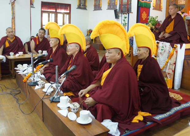 Geshema nuns debating, Tibetan Nuns Project, Tibetan Buddhist nuns