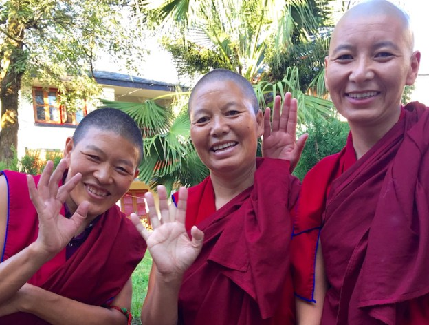 Tibetan Buddhist nuns, Dolma Ling,
