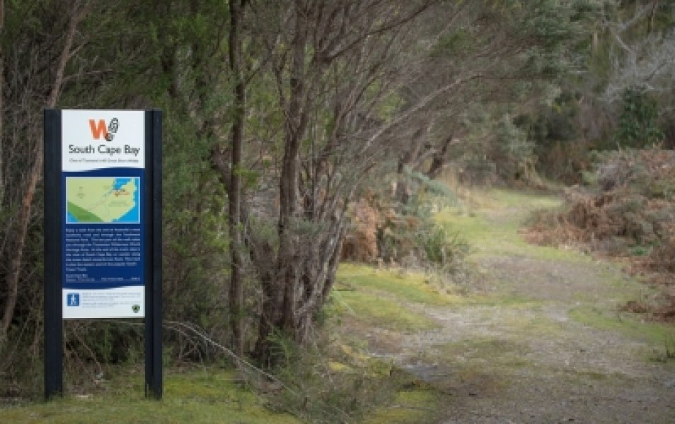 Walking track sign, Cockle Creek. Photo: Nick Sawyer