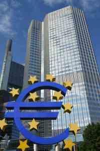 EZB € ©Thomas H. Giesick