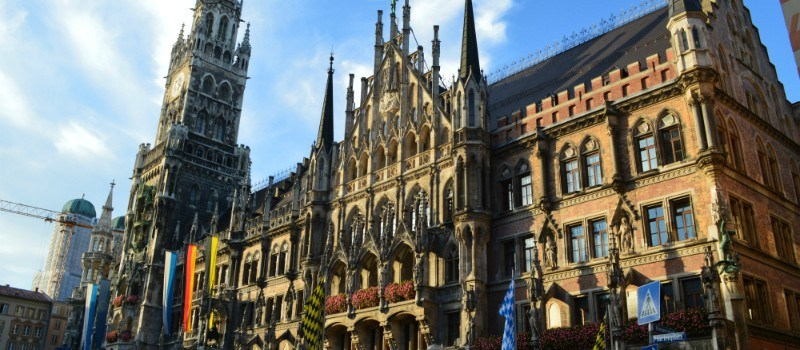Munich-New-Town-Hall-DSC_0217_800_350