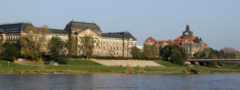Rhine River cruise, 9-Day Central Germany Self-drive Tour & Rhine River Cruise (9S03), Pre arranged tours through Europe