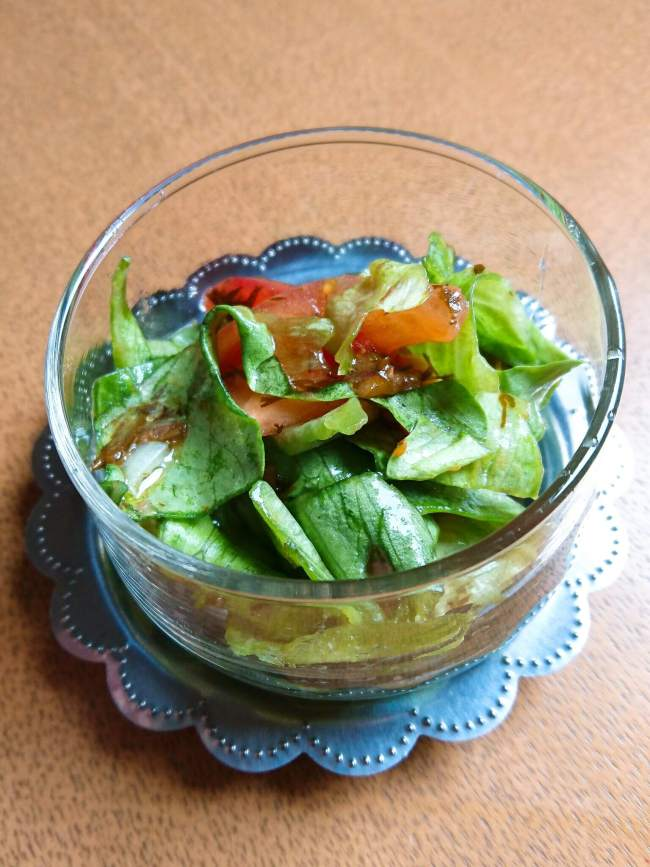 アカモクの簡単フレッシュレタスサラダ