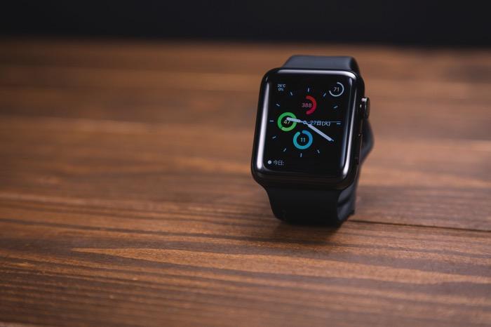 Apple Watchの新モデルはLTE内蔵?